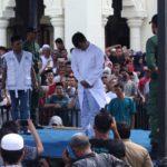 Pasangan gay kedua di Aceh disebat di khalayak ramai