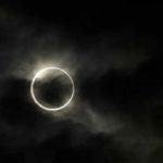Gerhana bulan penuh paling lama pada abad ke-21