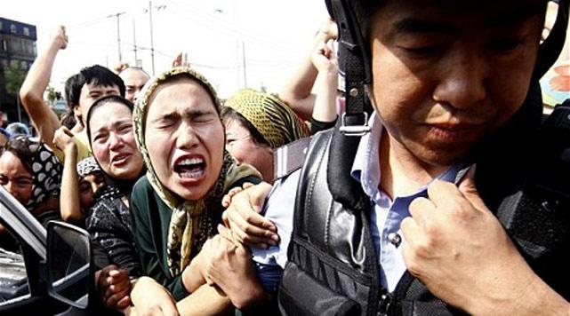 China mahu lenyapkan etnik muslim Uyghur
