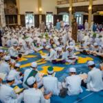 Bekas pemain bola Sarawak, Affendi Julaihi berjaya himpunkan 1000 huffaz