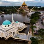 Masjid Terapung di Kuching simbol keagungan syiar Islam