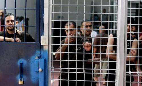 Berang dipenjara tanpa tuduhan, tahanan Palestin terus mogok lapar